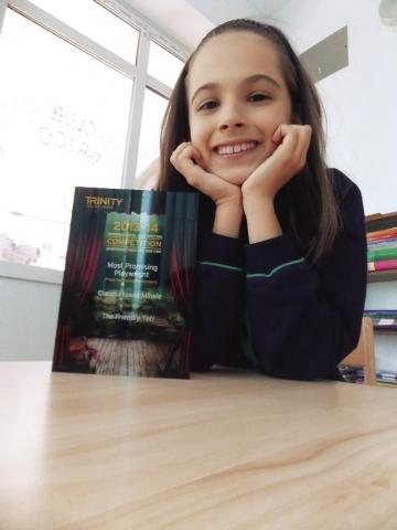 Claudia Mihale: o eleva din Romania, premiata in patria lui Shakespeare